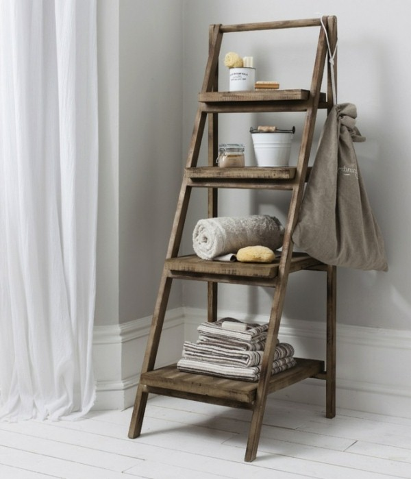 creative-design-ideas-wooden-ladder-as-a-towel-rail