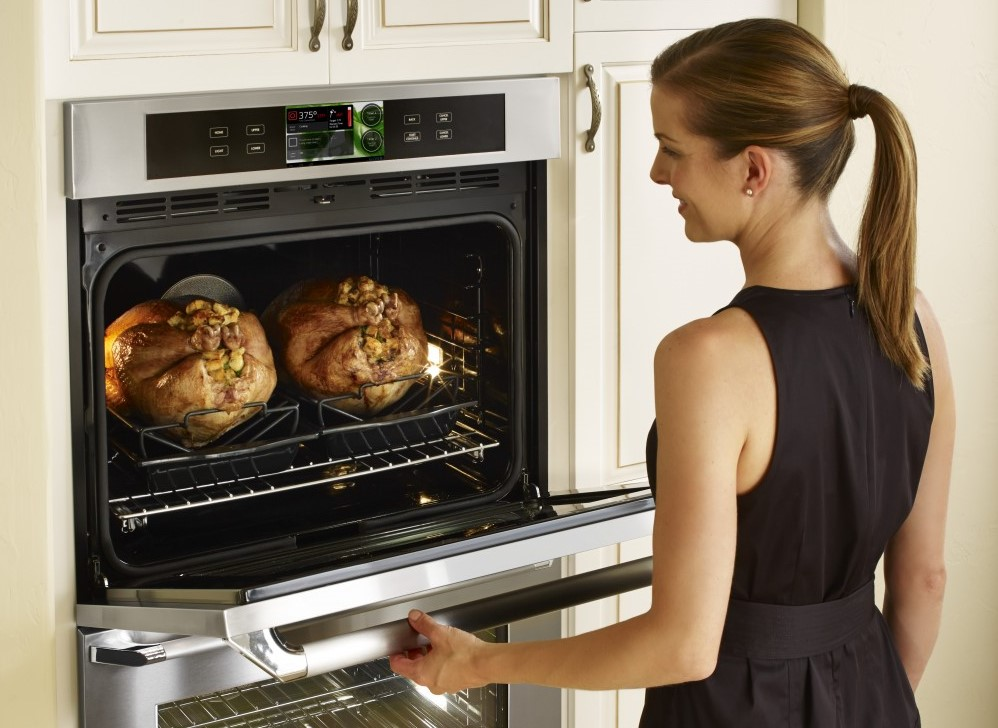 Dacor_Discovery-iQ-30-inch-Wall-Oven_Kitchen-Appliances-1024x904