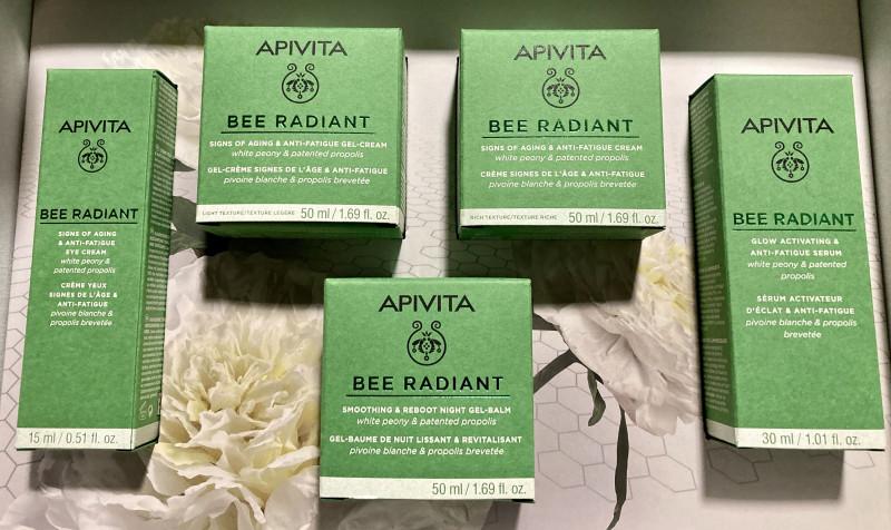 Πως η νέα Bee Radiant της Apivita μπορεί να δημιουργήσει το μέλλον της επιδερμίδας μας;