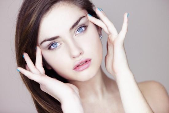 thumb_blue-eyes-beauty